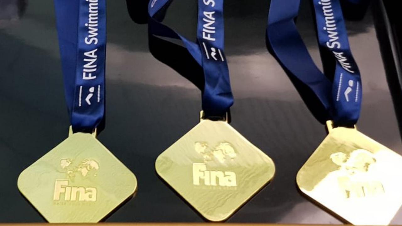 Tres nadadores demandan a la FINA
