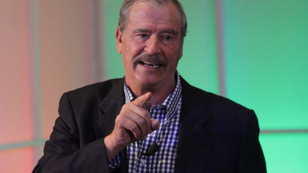 Quitar Seguro Popular es una terquedad: Vicente Fox