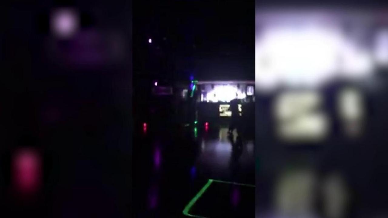 Mueren 6 personas tras estampida en discoteca de Italia