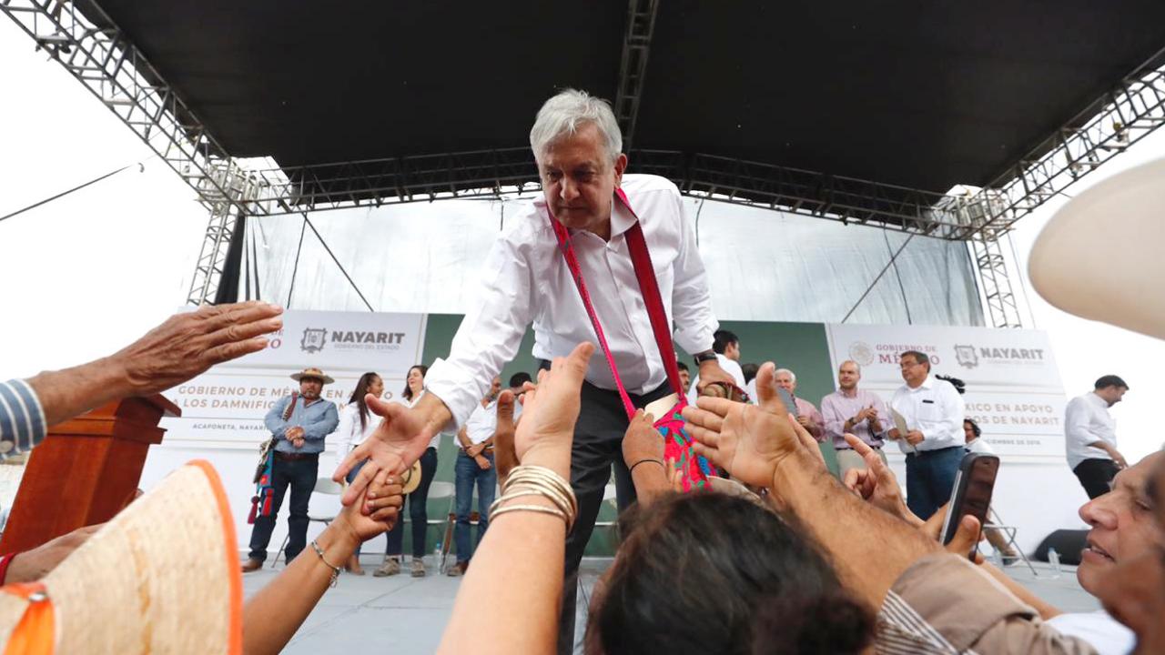 """AMLO considera que altos funcionarios no entienden """"nueva realidad"""""""
