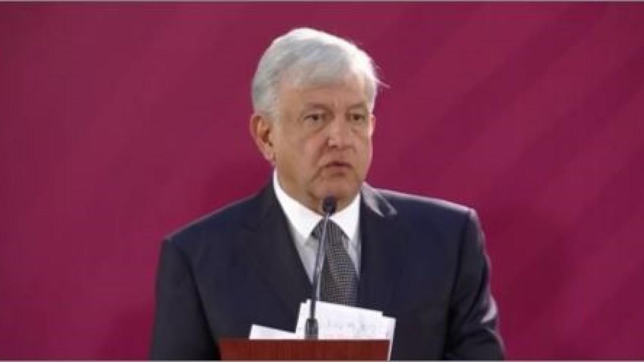 López Obrador 1a confe prensa