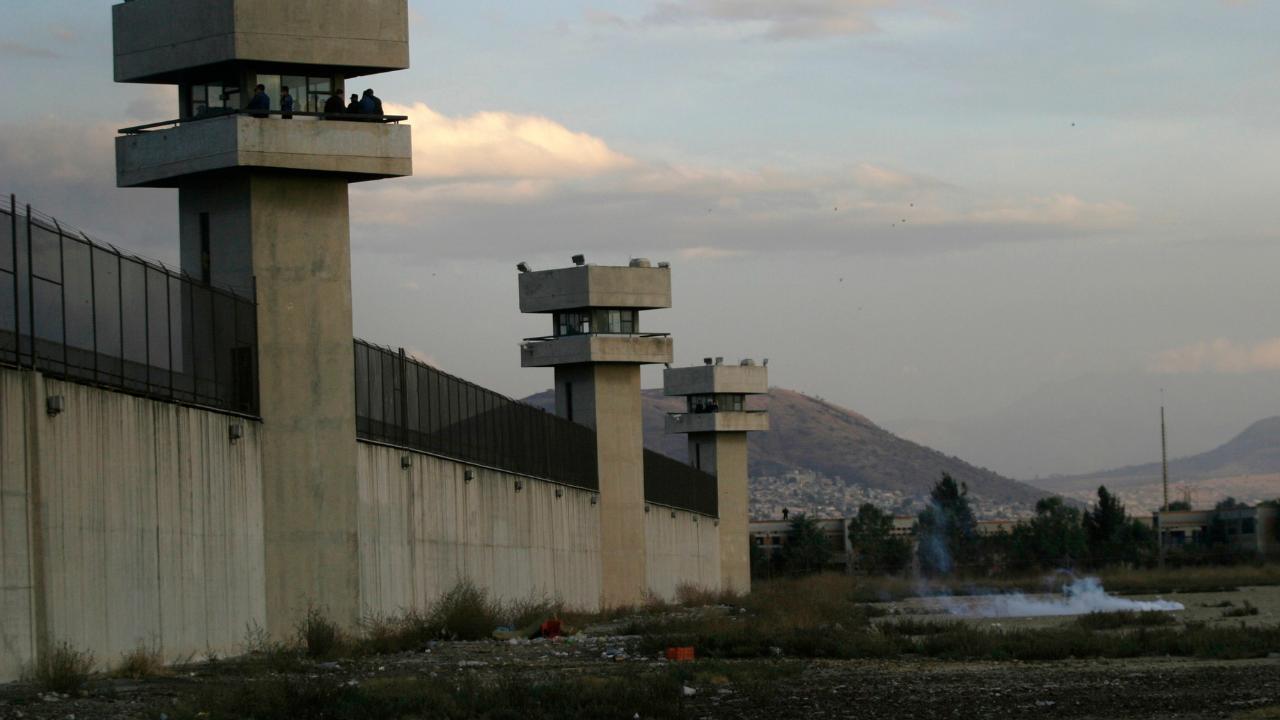 Se reporta motín en penal de Neza-Bordo