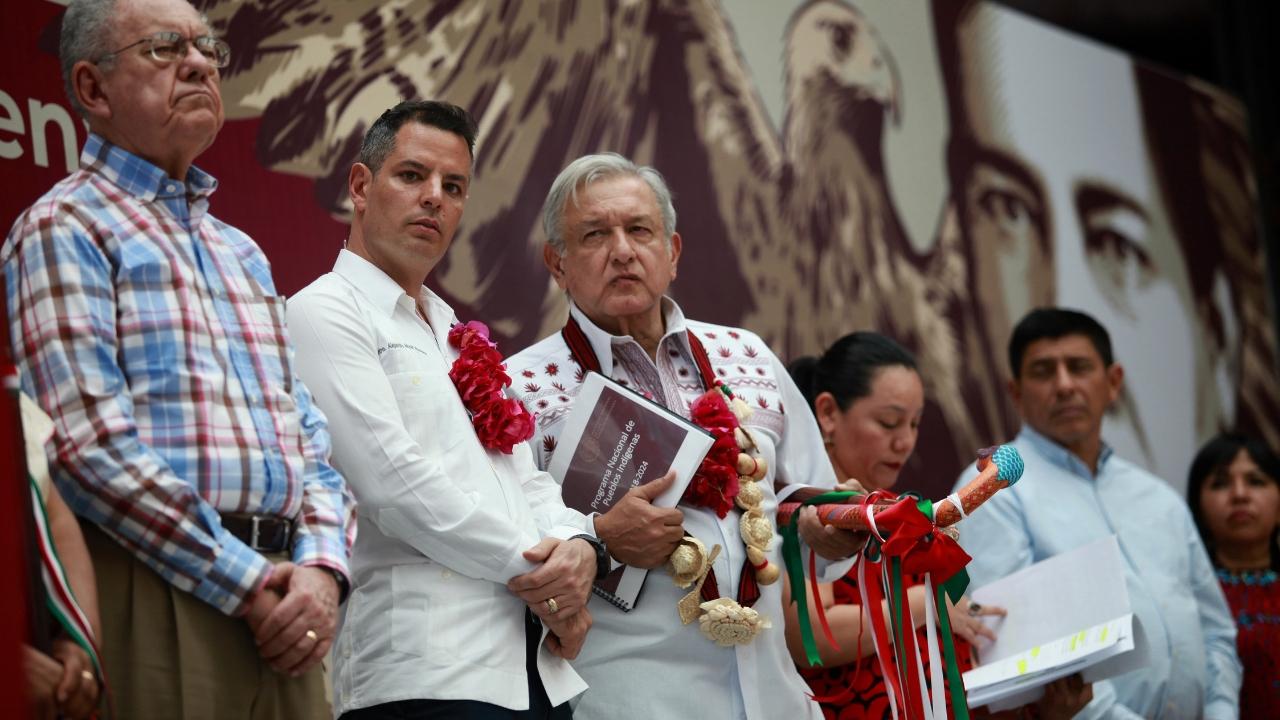 AMLO lamentafallecimiento de senadora García Arrieta