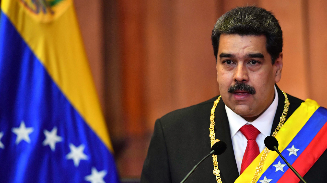 """""""¡Viva México!"""" Maduro presume relaciones en toma de protesta"""