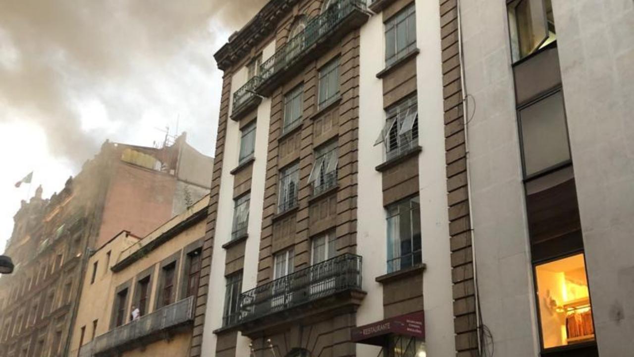 Incendio en calle Madero