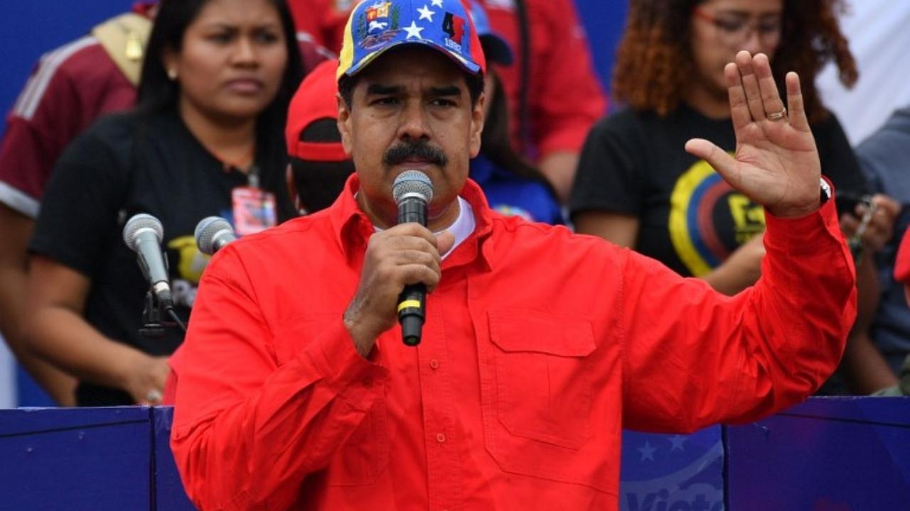 Maduro busca adelantar elecciones de Asamblea Constituyente
