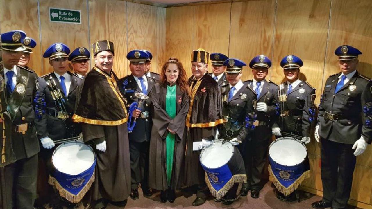 tatiana recibe honoris causa
