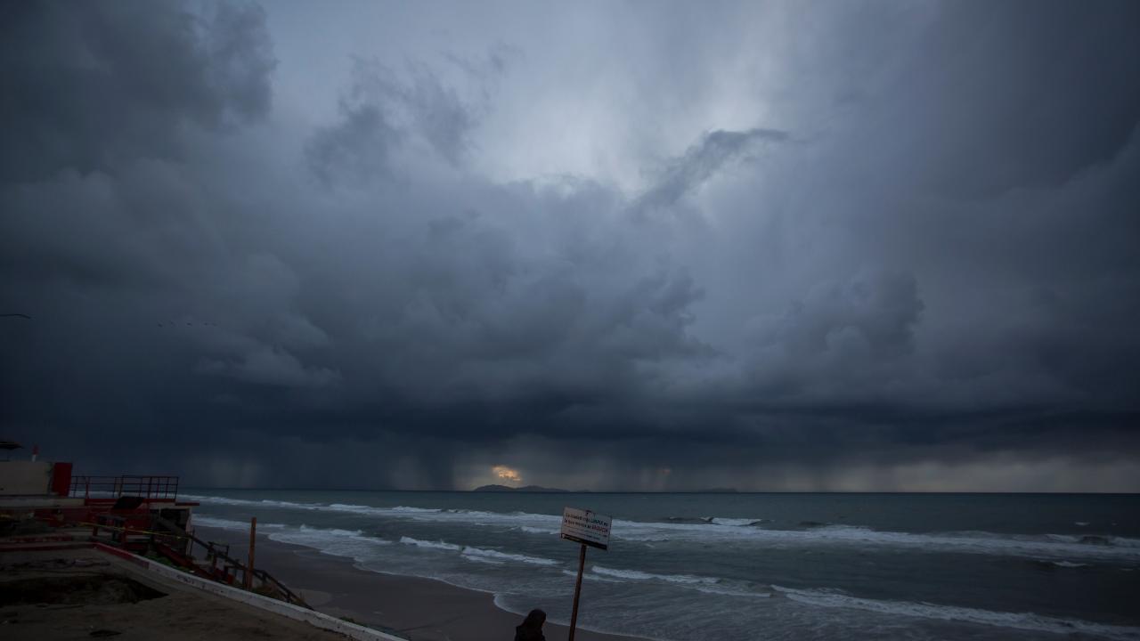 Prevén lluvias y bajas temperaturas en 11 estados