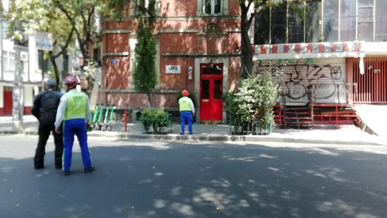 Desalojan a vecinos de la colonia Roma por fuga de gas