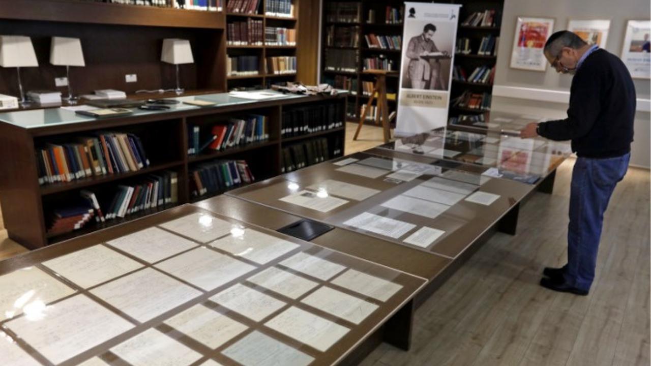 manuscrito Einstein