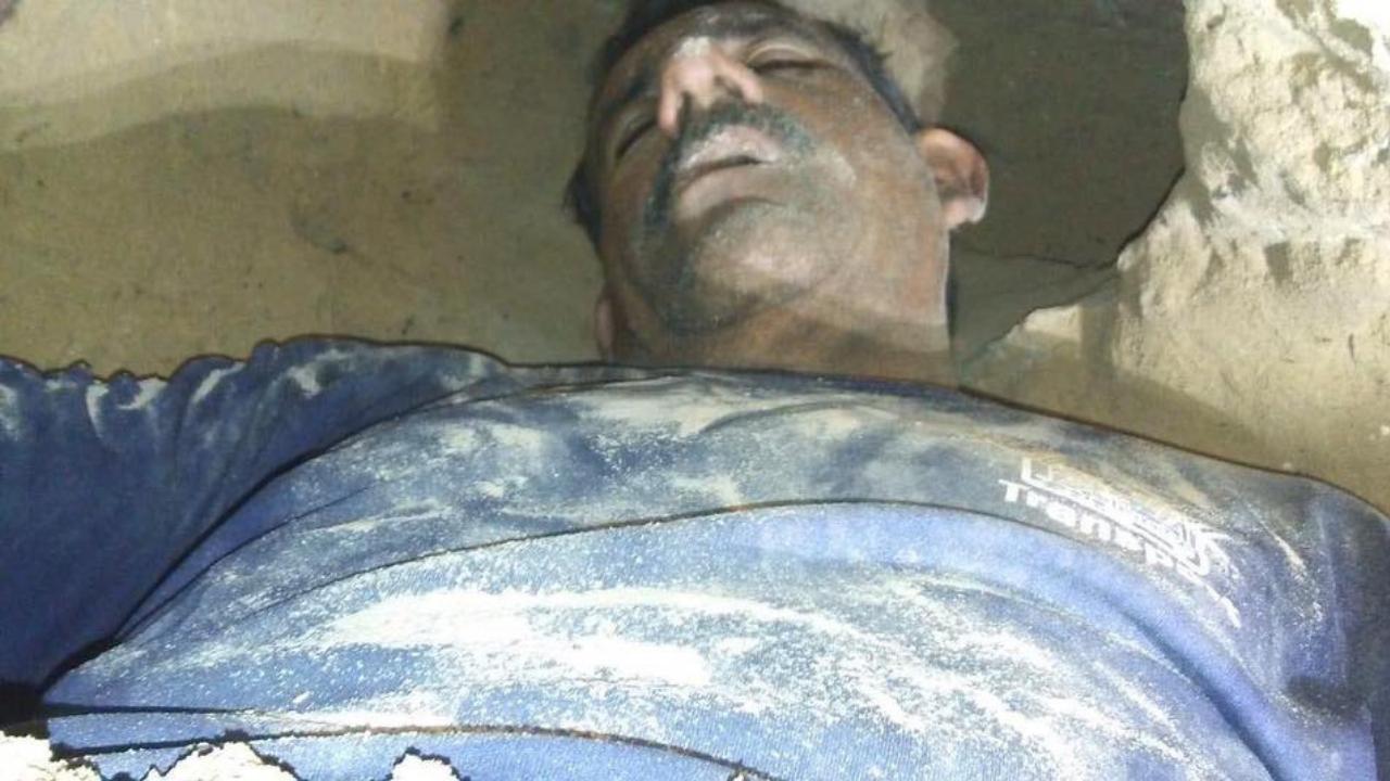 hombre cava túnel