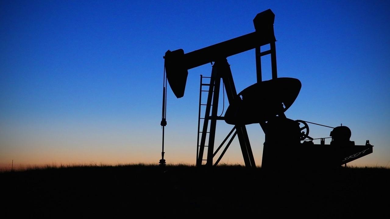 Producción de barriles de petróleo rompe récord en EUA