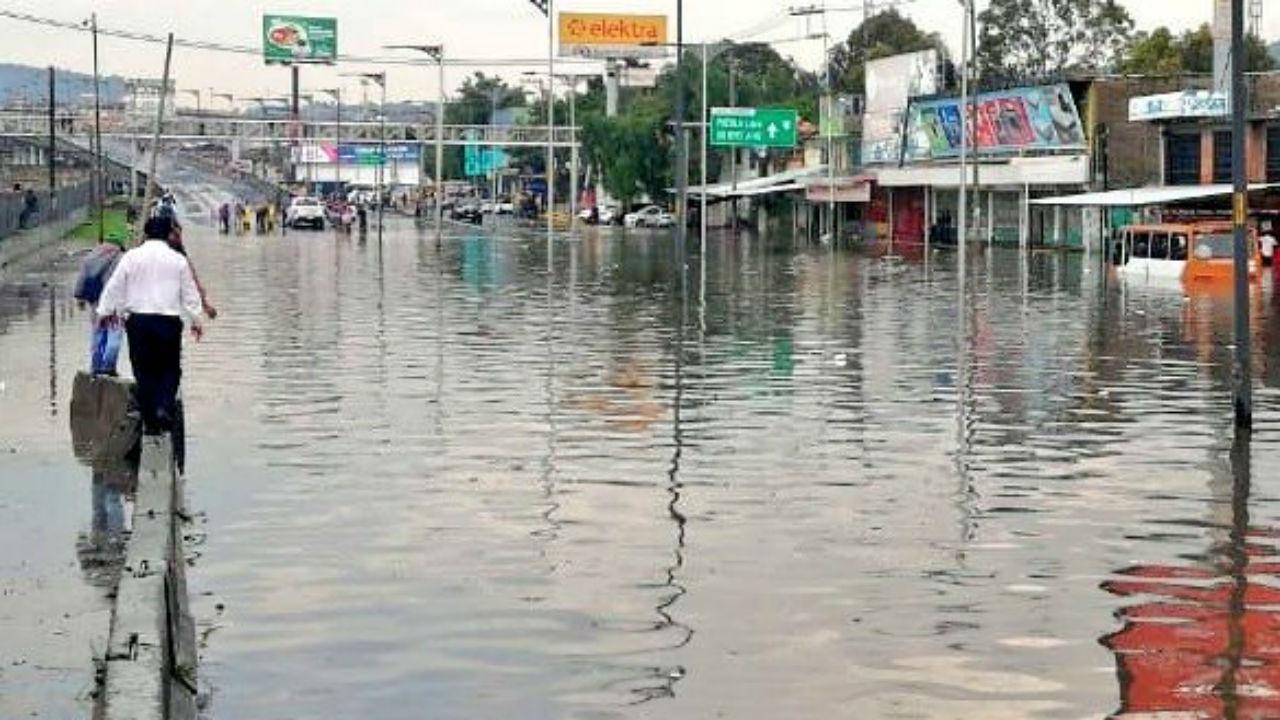 calzada zaragoza inundado