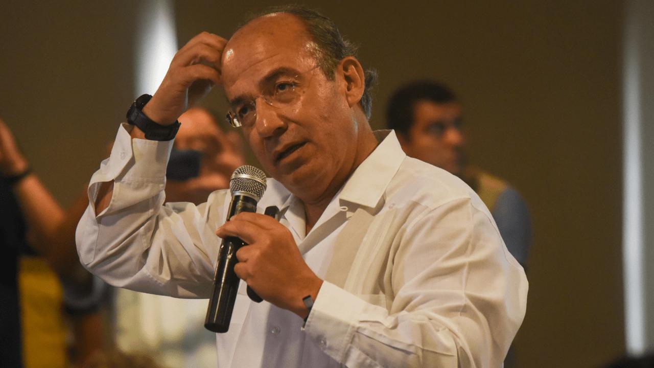 Calderón AMLO impuestos