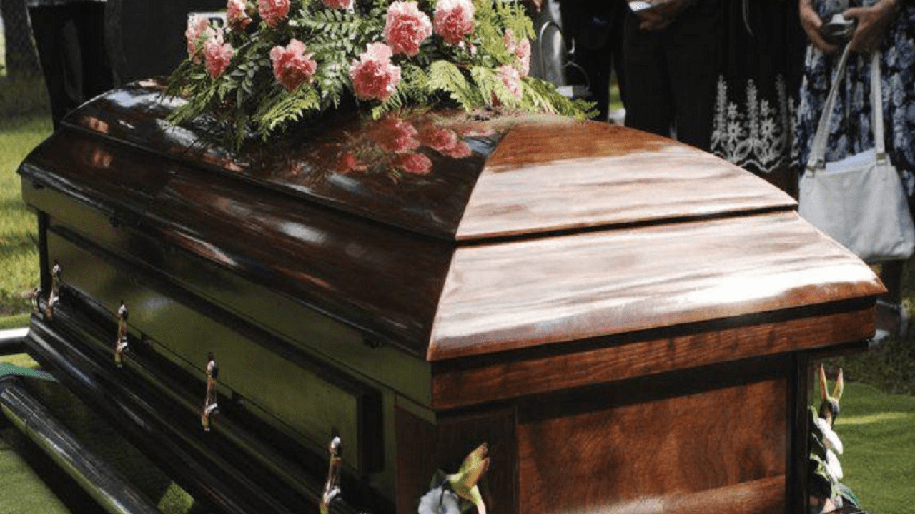 cadáver madre
