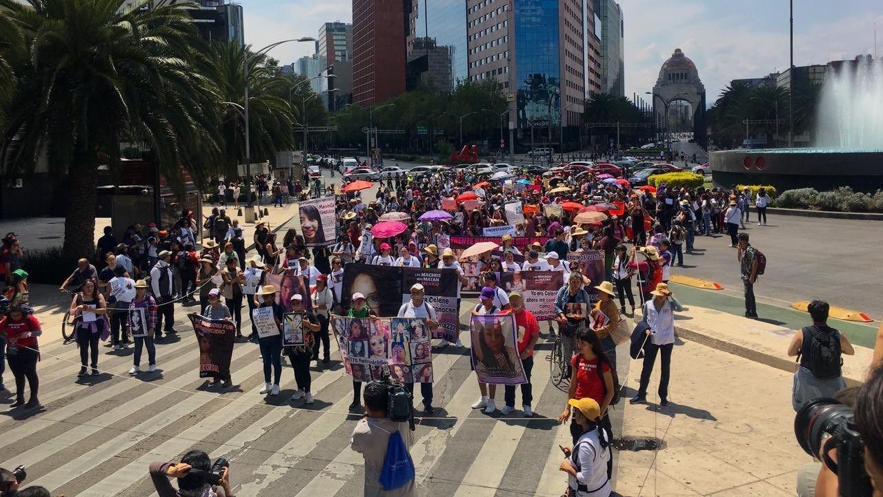 Mujeres marcha