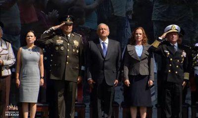 AMLO Día del ejército