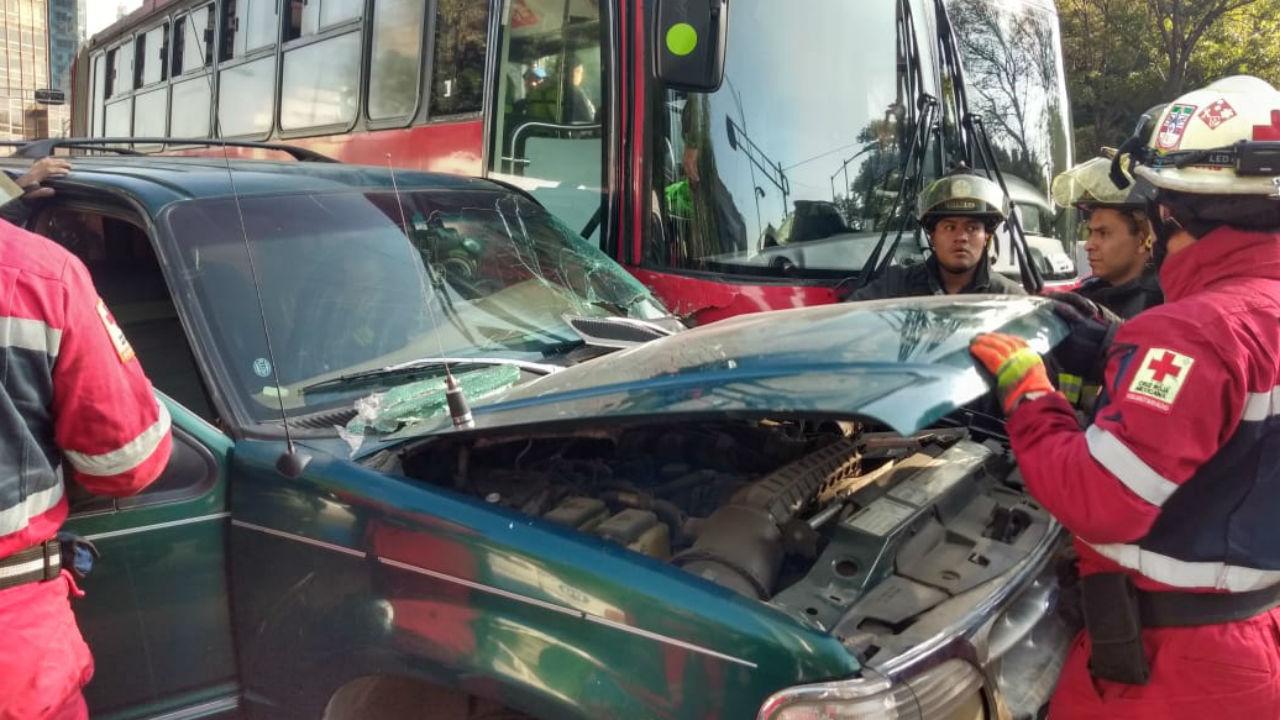 metrobús chocó insurgentes