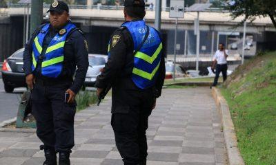 policías covid 19