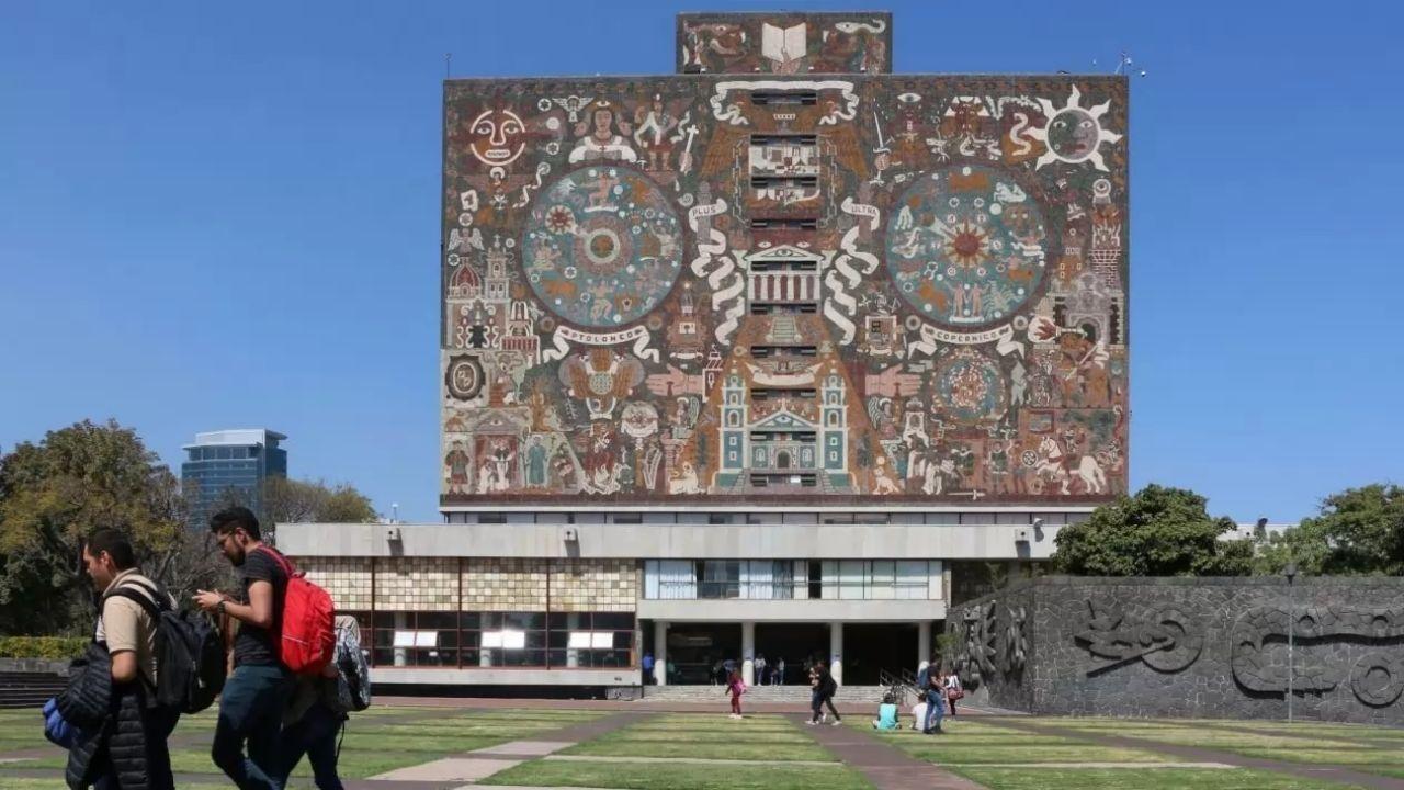 UNAM periodo vacacional