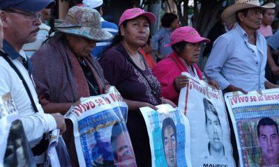 López Obrador padres normalistas