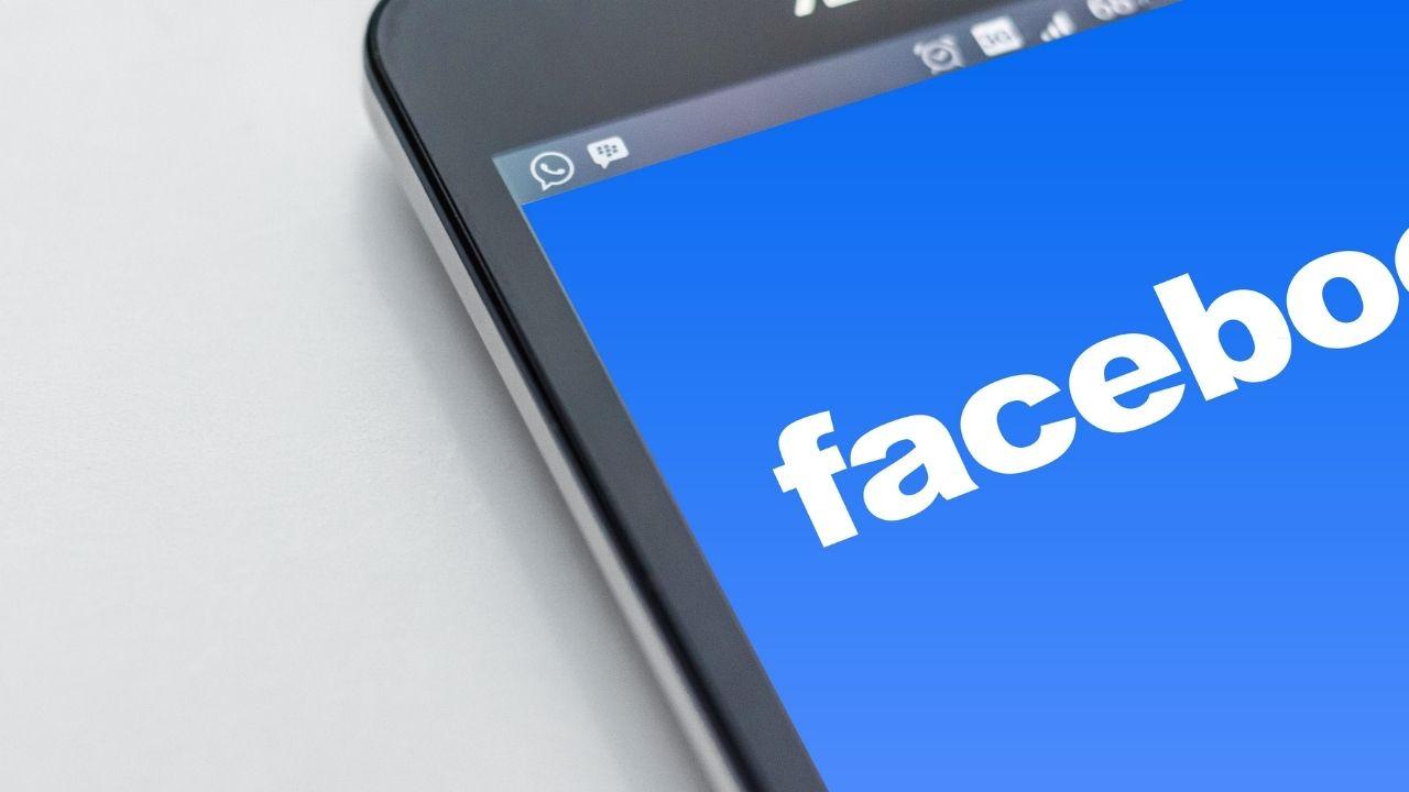 AMLO celebra decisión de Facebook de remover cuentas ligadas a caso Lozoya